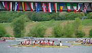 Vienna AUSTRIA. Men's Eights Heats. 2000 FISA World Cup. 2nd Round. Vienna Neue Donau Rowing Course  [Mandatory Credit. Peter Spurrier/Intersport Images]..Crews: .GER M8+. Robert SENS (b) , Stefan FORSTER (2) , Enrico SCHNABEL (3) , Detlef KIRCHHOFF (4) , Mark KLEINSCHMIDT (5) , Sebastian THORMANN (6) , Paul DIENSTBACH (7) , Ulf SIEMES (s) , Peter THIEDE (c)..CAN.M8+. Mike BELENKIE (b) , Bryan DONNELLY (2) , Matt SWICK (3) , Tom HERSCHMILLER (4) , Larry VARGA (5) , Morgan CROOKS (6) , Dave CALDER (7) , Adam PARFITT (s) , Chris TAYLOR (c)..ROM M8+ . Costel MUTESCU (b) , Florin CORBEANU (2) , Viorel TALAPAN (3) , Florian TUDOR (4) , Gheorghe PIRVAN (5) , Andrei BANICA (6) , Cornel NEMTOC (7) , Dorin ALUPEI (s) , Dumitru RADUCANU..ITA1. 8+. Mattia RIGHETTI (b) , Luca GHEZZI (2) , Valerio PINTON (3) , Mario PALMISANO (4) , Mattia TROMBETTA (5) , Dario LARI (6) , Rosario GIOIA (7) , Gioacchino CASCONE (s) , Gaetano IANNUZZI (c)