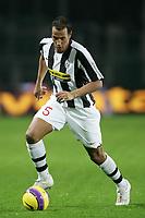 Fotball<br /> Italia<br /> Foto: iInside/Digitalsport<br /> NORWAY ONLY<br /> <br /> 25.11.2007<br /> Juventus v Palermo (5-0)<br /> <br /> Jonathan Zebina (Juventus)