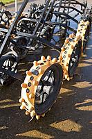 SCHIPLUIDEN - Winterbanden op de buggy's,  Golfbaan Delfland in Schipluiden. FOTO KOEN SUYK