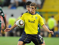 20100819: LISBON, PORTUGAL - Sporting Lisbon vs Brondby: UEFA Europa League 2010/2011 Play-Offs - First Leg. In picture:  Jens Larsen (Brondby) and Jaime Valdes (Sporting). PHOTO: Alexandre Pona/CITYFILES