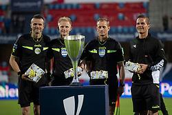 Dommerkvartetten Amir Sabic, Jørgen Daugbjerg Burchardt, Heine Sørensen og Morten Krogh efter finalen i Sydbank Pokalen mellem AaB og SønderjyskE den 1. juli 2020 i Blue Water Arena, Esbjerg (Foto Claus Birch).