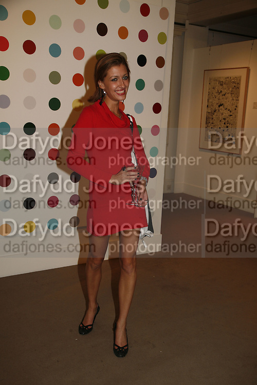 YASMIN BILBEISY,  Whitechapel Exhibition Auction preview party.Artists from all over the world contribute to the Whitechapel's major auction, to raise funds towards the Gallery's expansion and future programmes.Sotheby's. 12 October 2006. . -DO NOT ARCHIVE-© Copyright Photograph by Dafydd Jones 66 Stockwell Park Rd. London SW9 0DA Tel 020 7733 0108 www.dafjones.com