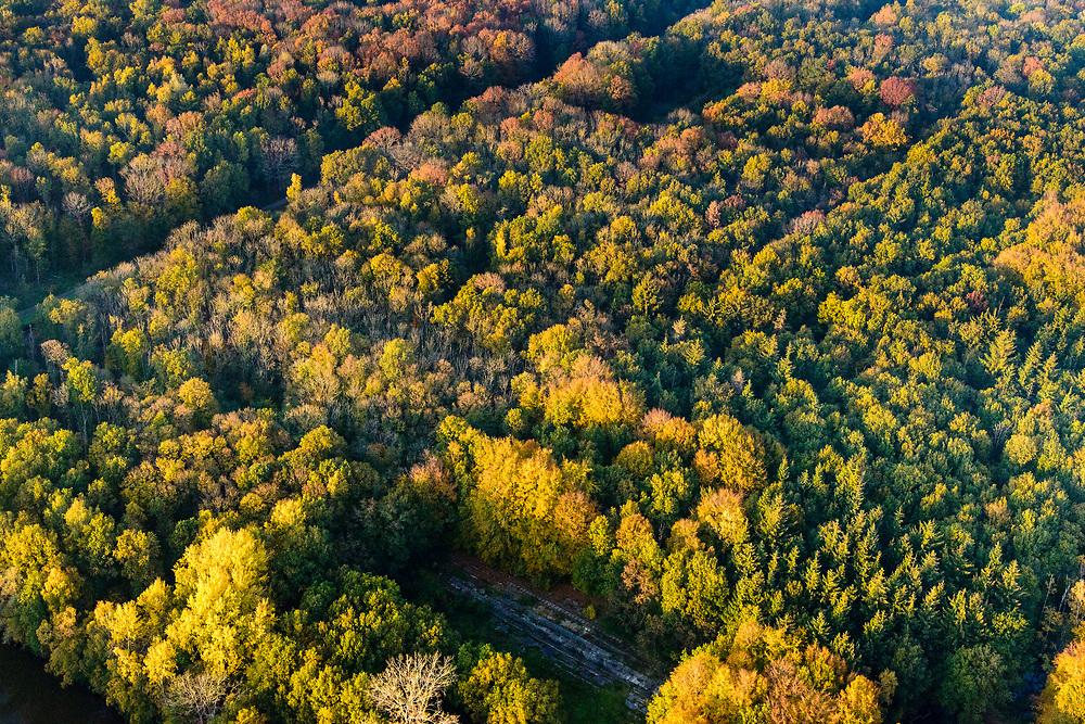 """Nederland, Noordoostpolder, Markenesse, 04-11-2018; Waterloopbos, voormalig Waterloopkundig Laboratorium """"De Voorst"""" (WLV).<br /> Waterloopbos (watercourse wood), former hydrological laboratory.<br /> <br /> luchtfoto (toeslag op standaard tarieven);<br /> aerial photo (additional fee required);<br /> copyright © foto/photo Siebe Swart"""