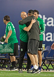 NEW YORK, NEW YORK, USA - Wednesday, July 24, 2019: Sporting CP's head coach Frederico Varandas (L) embraces Liverpool's manager Jürgen Klopp (R) during a friendly match between Liverpool FC and Sporting Clube de Portugal at the Yankee Stadium on day nine of the club's pre-season tour of America. (Pic by David Rawcliffe/Propaganda)