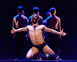 Edinburgh, Scotland, UK 18th August 2016 ::  The cast of Scottish Ballet perform Angelin Preljocaj's MC 14/22 (Ceci est mon corps) a hymn to the male body, a meeting of the spiritual and the carnal, a glorification of masculinity and a condemnation of force. Performed by 12 male dancers representing the Apostles of Jesus, this powerfully sensual work takes as its starting point the Last Supper as related in the Gospel of St Mark, chapter 14, verse 22 as Christ breaks bread and announces to his disciples: 'Take it; this is my body.'  <br /> <br /> (c) Andrew Wilson   Edinburgh Elite media