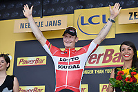 Sykkel<br /> Foto: PhotoNews/Digitalsport<br /> NORWAY ONLY<br /> <br /> GREIPEL Andre of Lotto Soudal celebrates the win during the podium ceremony after stage 2 of the 102nd edition of the Tour de France 2015 with start in Utrecht and finish in Zeeland , Netherlands (166 kms) *** UTRECHT, NETHERLANDS - 5/07/2015