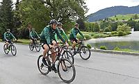 BILDET INNGÅR IKKE I NOEN FASTAVTALER OG ALL BRUK BLIR FAKTURERT <br /> <br /> Fotball<br /> Tyskland<br /> Foto: imago/Digitalsport<br /> NORWAY ONLY<br /> <br /> 09.07.2015 - Fussball - 2. Bundesliga - Saison 2015 2016 - SpVgg Greuther Fürth Fuerth - Training Trainingslager Saalfelden - / - Fahrrad Mountainbike Radfahren - von links : Veton Berisha (19, SpVgg Greuther Fürth ) Zlatko Tripic (17, SpVgg Greuther Fürth ) Benedikt Röcker Roecker (2, SpVgg Greuther Fürth ) Mark Flekken (30, SpVgg Greuther Fürth ) Marcel Franke (28, SpVgg Greuther Fürth )