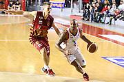 DESCRIZIONE : Roma Campionato Lega A 2013-14 Acea Virtus Roma Umana Reyer Venezia<br /> GIOCATORE : Goss Phil<br /> CATEGORIA : palleggio<br /> SQUADRA : Acea Virtus Roma<br /> EVENTO : Campionato Lega A 2013-2014<br /> GARA : Acea Virtus Roma Umana Reyer Venezia<br /> DATA : 05/01/2014<br /> SPORT : Pallacanestro<br /> AUTORE : Agenzia Ciamillo-Castoria/M.Simoni<br /> Galleria : Lega Basket A 2013-2014<br /> Fotonotizia : Roma Campionato Lega A 2013-14 Acea Virtus Roma Umana Reyer Venezia<br /> Predefinita :
