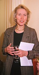 MRS VIRGINIA BOTTOMLEY MP at a reception in London on 29th April 1999.<br /> MRM 63