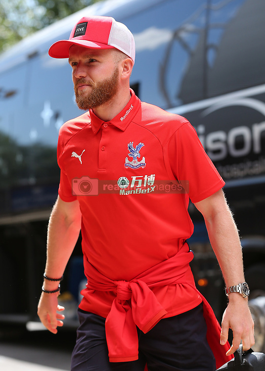 """Crystal Palaces Jonathan Williams arrives at Madejski Stadium during the pre-season friendly match at the Madejski Stadium, Reading. PRESS ASSOCIATION Photo. Picture date: Saturday July 28, 2018. See PA story SOCCER Reading. Photo credit should read: Mark Kerton/PA Wire. RESTRICTIONS: EDITORIAL USE ONLY No use with unauthorised audio, video, data, fixture lists, club/league logos or """"live"""" services. Online in-match use limited to 75 images, no video emulation. No use in betting, games or single club/league/player publications."""
