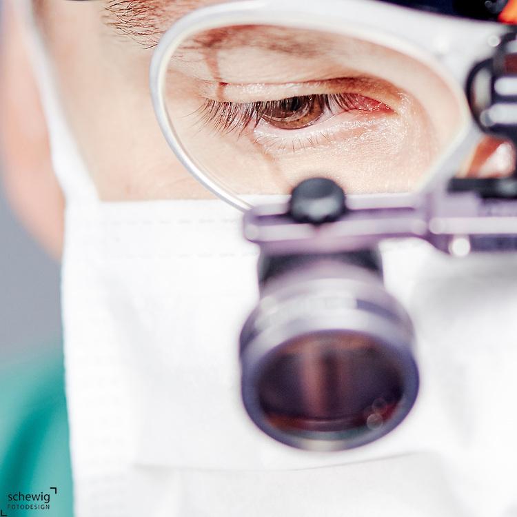 Dr. Reinhard Kaliwoda, plastischer Chirurg, Horn