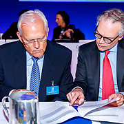 NLD/Amsterdam/20180503 - Aandeelhoudersvergadering Royal Philips 2018, Heino von Prondzynski en Marnix van Ginneken