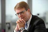 03 JAN 2008, BERLIN/GERMANY:<br /> Ronald Pofalla, CDU Generalsekretaer, waehrend einem Interview, in seinem Buero, Konrad-Adenauer-Haus<br /> IMAGE: 20080103-01-003