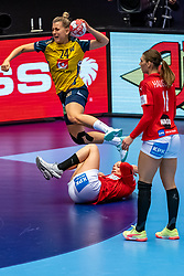 Nathalie Hagman of Sweden  in action during the Women's EHF Euro 2020 match between Denmark and Sweden at Jyske Bank BOXEN on december 11, 2020 in Kolding, Denmark (Photo by RHF Agency/Ronald Hoogendoorn)