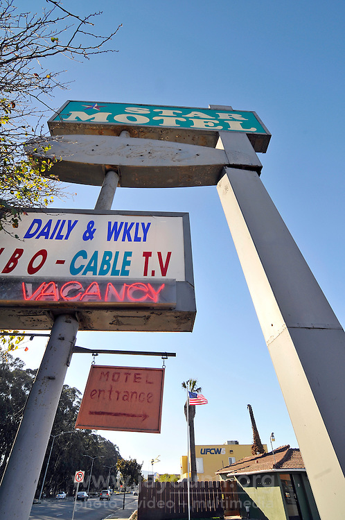 Signage of the Star Motel on North Main Street in Salinas.