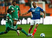 Fotball<br /> Frankrike v Nigeria<br /> Foto: DPPI/Digitalsport<br /> NORWAY ONLY<br /> <br /> FOOTBALL - FRIENDLY GAMES 2008/2009 - FRANCE v NIGERIA - 2/06/2009 <br /> <br /> NICOLAS ANELKA (FRA) /SAM SODJE (NIG)