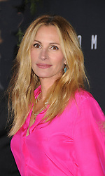 """Julia Roberts at the premiere of """"Homecoming"""" in Los Angeles, CA."""