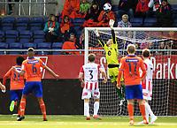 Fotball , 26. April 2014 , Tippeligaen , Eliteserien , Aalesund -<br /> Tromsø , Benny Lekström - Tromsø, Michael Barrantes - Aalesund, Kent-Are Antonsen - Tromsø,<br /> Foto: Kenneth Hjelle , Digitalsport