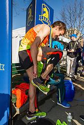 Boston Marathon: BAA 5K road race, Ben True changes shoes after victory