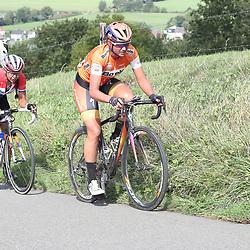 04-09-2016: Wielrennen: Ladies Tour: Valkenburg<br />VALKENBURG (NED) wielrennen  <br />Chantal Blaak had het even moeilijk op de Keutenberg