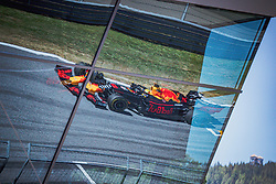 30.06.2019, Red Bull Ring, Spielberg, AUT, FIA, Formel 1, Grosser Preis von Österreich, Rennen, im Bild Max Verstappen (NED, Red Bull Racing) // Dutch Formula One driver Max Verstappen of Red Bull Racing during the race for the Austrian FIA Formula One Grand Prix at the Red Bull Ring in Spielberg, Austria on 2019/06/30. EXPA Pictures © 2019, PhotoCredit: EXPA/ Dominik Angerer