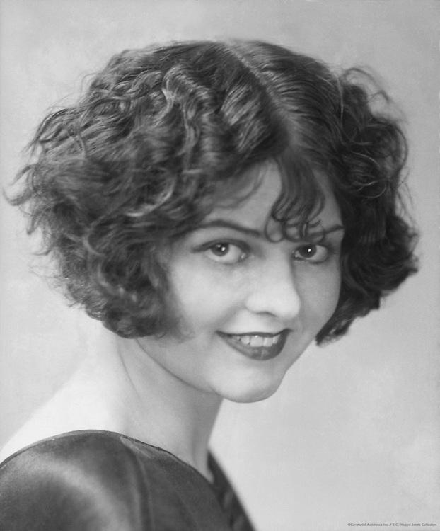 Lilian Bond, actress, 1924