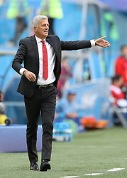 SAINT PETERSBURG, July 3, 2018  Head coach Vladimir Petkovic of Switzerland gives instructions to players during the 2018 FIFA World Cup round of 16 match between Switzerland and Sweden in Saint Petersburg, Russia, July 3, 2018. (Credit Image: © Xu Zijian/Xinhua via ZUMA Wire)