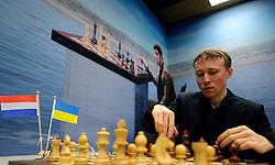 17-01-2011 SCHAKEN: TATA STEEL CHESS TOURNAMENT: WIJK AAN ZEE <br /> Ruslan Ponomariov UKR<br /> ©2010-WWW.FOTOHOOGENDOORN.NL