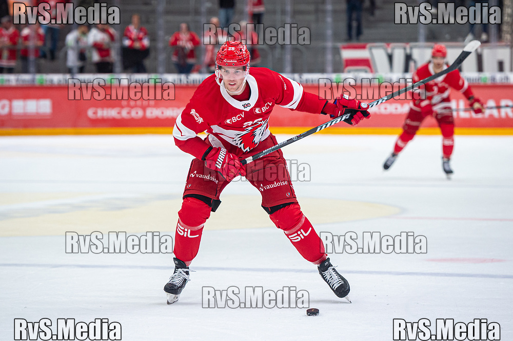 LAUSANNE, SWITZERLAND - SEPTEMBER 28: Martin Gernat #28 of Lausanne HC in action during the Swiss National League game between Lausanne HC and SC Bern at Vaudoise Arena on September 28, 2021 in Lausanne, Switzerland. (Photo by Monika Majer/RvS.Media)