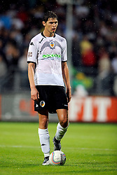 22-07-2009 VOETBAL: ADO DEN HAAG - VALENCIA CF: DEN HAAG<br /> Valencia wint met 4-1 van Den Haag / Emiliano Moretti<br /> ©2009-WWW.FOTOHOOGENDOORN.NL