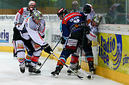 24.Feb.2012; Rapperswil-Jona; Eishockey NLA - Rapperswil-Jona Lakers - EV Zug; Matthias Rossi (L, Zug), Cyrill Geyer (M, LAK) und Dominic Lammer (R, Zug)<br />  (Thomas Oswald)