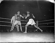 31/10/1952.10/31/1952.31 October 1952.Boxing Germany v Ireland at the National Stadium..M. McCullagh v R. Willie.