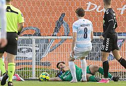 Kevin Stuhr Ellegaard (FC Helsingør) fuldbyrder trippel-redning under kampen i 1. Division mellem FC Helsingør og Kolding IF den 24. oktober 2020 på Helsingør Stadion (Foto: Claus Birch).