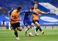 Football - 2019 / 2020 Premier League - Chelsea vs. Wolverhampton Wanderers<br /> <br /> Chelsea's Mason Mount holds off the challenge from Wolverhampton Wanderers' Diogo Jota, at Stamford Bridge.<br /> <br /> COLORSPORT/ASHLEY WESTERN