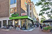 Nederland, Nijmegen, 7-9-2018Cafe's in Nijmegen. Exterieur De Plak, homocafe, bekend vanwege de peirsonrellen begin jaren 80, 1981 .Foto: Flip Franssen