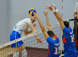 Tine Urnaut of Slovenia vs Podrascanin of Serbia and Atanasijevic of Serbia during friendly volleyball match between National teams of Serbia and Slovenia, on August 18, 2017, in Belgrade, Serbia. Photo by Nebojsa Parausic / MN press / Sportida