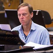 NLD/Hilversum/20130930 - Repetitie Metropole Orkest voor concert, Edwin Schimscheimer