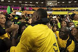 August 13, 2017 - London, STORBRITANNIEN - 170813 Jamaicas Usain Bolt interagerar med fans vid ett Årevarv under dag tio av friidrotts-VM den 13 augusti 2017 i London  (Credit Image: © Joel Marklund/Bildbyran via ZUMA Wire)