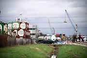 Nederland, Moerdijk, 20-2-2020  Gentenaar Cleaning Moerdijk is gespecialiseerd in tankreiniging,  inspectiediensten voor tankapparatuur en tankproducten. Gespecialiseerd in het reinigen van tanktrailers, tankcontainers, IBC, tankwagons en poedertanks. Groupe Charles Andre Transports . Het is gevestigd op bedrijventerrein, industrieterrein Moerdijk . Foto: Flip Franssen