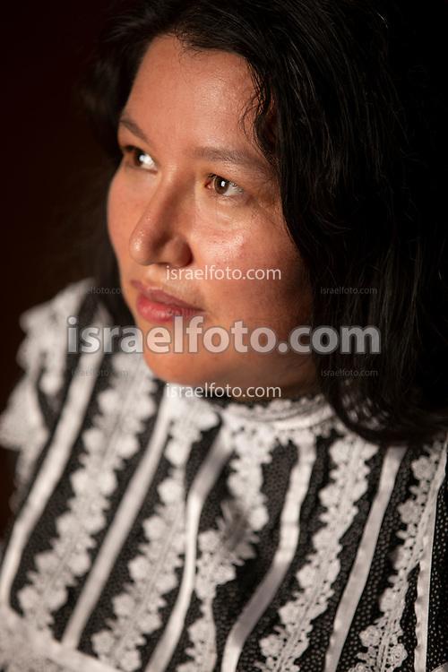 Yasnaya Elena Aguilar Gil, ayuujk de Tukyo'm. Lingüista.  Activista por los derechos lingüisticos.
