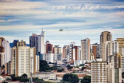 Maior metrópole do País e uma das maiores do planeta, São Paulo é uma cidade de vanguarda, antenada com as principais tendências mundiais. A capital paulista conta com um metrô que é considerado um dos mais modernos e confortáveis do mundo, além de 33 mil táxis e mais de 200 helipontos – que servem uma frota de 500 helicópteros, a segunda maior do planeta. FOTO: Jefferson Bernardes/Preview.com