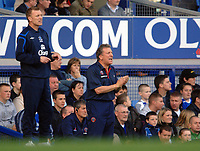 Photo: Paul Greenwood.<br />Everton v Sheffield United. The Barclays Premiership. 21/10/2006. Neil Warnock, right, shouts encouragement from the bench