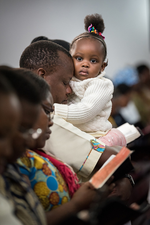 """11 March 2018, Arusha, Tanzania: Young and old, women and men, children and elderly — bringing together a congregation of over 1,000 people, the Arusha Mjini Kati Lutheran Church gathered to celebrate Sunday service on 11 March, together with international visitors participating in the WCC Conference on World Mission and Evangelism.<br /> <br /> The church, which bears its name from its central location in Arusha, Tanzania, has a history of more than 100 years, and is an active body in Evangelical outreach, spreading the Gospel throughout Tanzania. <br /> <br /> Through """"creative ministry"""", including drama, music and artistic expression, the church explores new ways of engaging young people in the church, and in proclaiming the good news."""