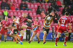 Johnny McNicholl of Scarlets clears the ball - Mandatory by-line: Dougie Allward/JMP - 02/11/2019 - RUGBY - Parc y Scarlets - Llanelli, Wales - Scarlets v Toyota Cheetahs - Guinness PRO14
