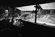 Fernch guiana, ipoussing, approuague.<br /> <br /> Zone d'orpaillage, ravitaillement d'un chantier par la piste.