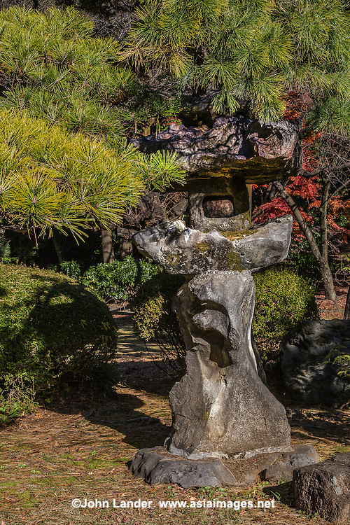 Shinjuku Gyoen was designed and built on the estate of Lord Naito, a feudal lord of the Edo period. Shinjuku Gyoen was originally an imperial garden,but then donated to the public and designated a national garden after WWII. One of Tokyo's largest parks, it covers over 144 acres. Besides the Japanese Traditional Garden, Shinjuku Gyoen also has a French Formal Garden and an English Garden. Shinjuku Gyoen is one of the most important gardens of the Meiji era.