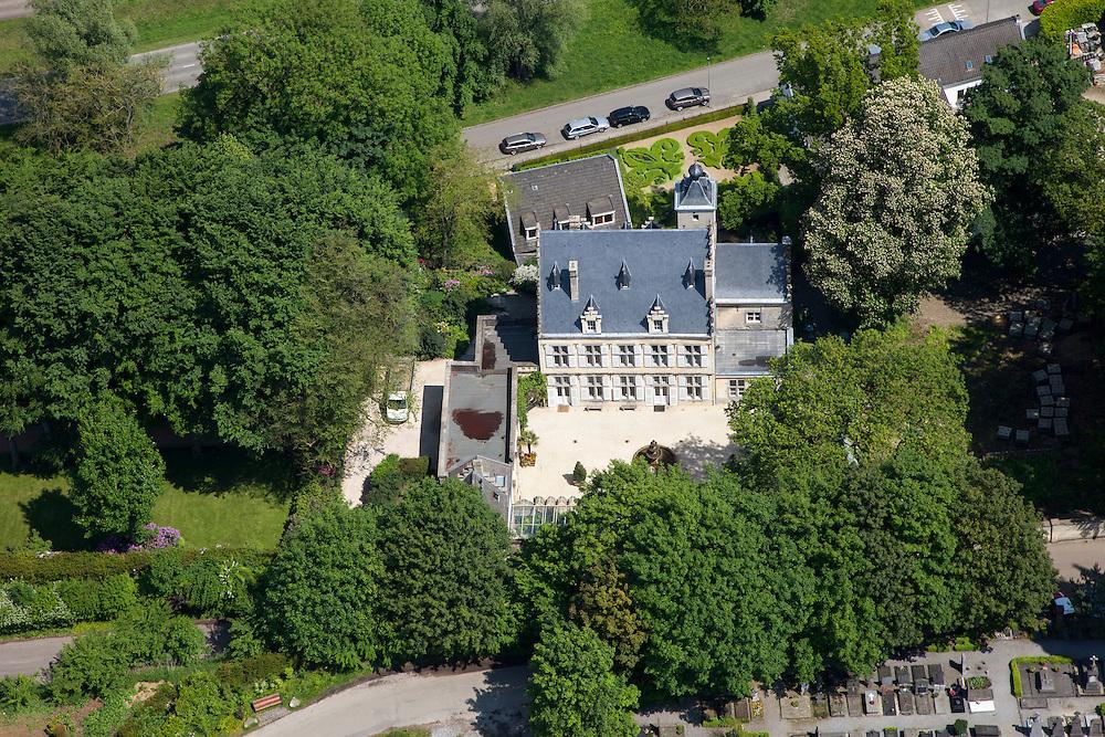 Nederland, Limburg, Gemeente Maastricht, 27-05-2013; Maastricht Sint-Pieter, kasteeltje studio Andre Rieu met formele tuin bij de Maasboulevard en dichtbij de Maas (niet op de foto).<br /> The studio of musicien and violinist Andre Rieu near Maastricht.<br /> luchtfoto (toeslag op standaardtarieven);<br /> aerial photo (additional fee required);<br /> copyright foto/photo Siebe Swart.