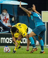 SAINT PETERSBURG, RUSSIA - DECEMBER 08: Jude Bellingham of Borussia Dortmund and Wílmar Barrios of Zenit St. Petersburg during the UEFA Champions League Group F stage match between Zenit St. Petersburg and Borussia Dortmund at Gazprom Arena on December 8, 2020 in Saint Petersburg, Russia. (Photo by MB Media)
