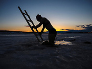 ÖSTERSUND 210324<br /> Vinterbad i Odensalavaken.<br /> <br /> Foto: Per Danielsson/Projekt P