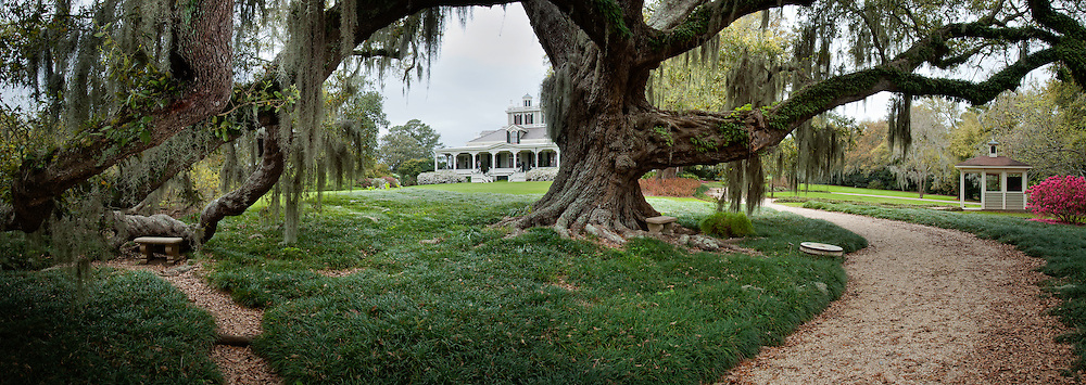 Rip Van Winkle Gardens is a twenty five-acre semi tropical paradise and site of the twenty-two room Southern mansion, former home of Joseph Jefferson. The Joseph Jefferson mansion was built in 1870 and is listed on the National Register of Historic Places.